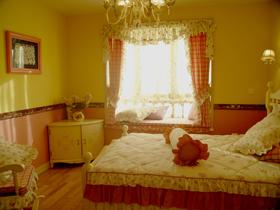 为漂亮的卧室添上一笔 17款美观型飘窗