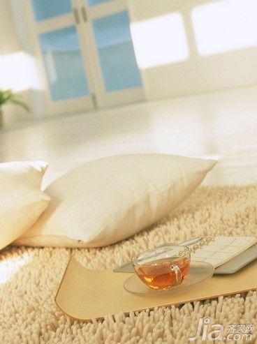 家居常用枕头的功能特点分析