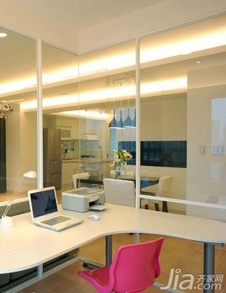 简约风格二居室5-10万70平米玄关书桌新房设计图