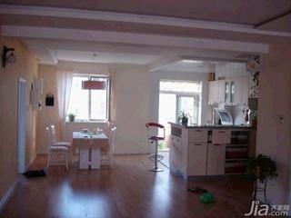 田园风格二居室10-15万100平米客厅餐桌新房平面图