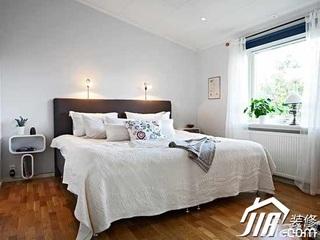 简约风格复式简洁豪华型130平米卧室床效果图