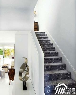 欧式风格别墅20万以上楼梯设计图纸