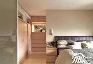 简约风格二居室舒适5-10万卧室床效果图