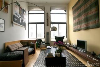 个性独特客厅 精致设计跃层
