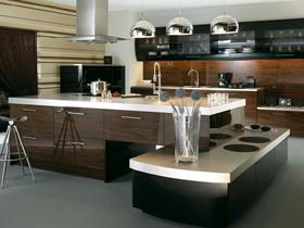 优质双饰面系列门板+石英石台面+E0级刨花板橱柜