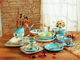 釉色陶瓷餐具越艳越危险
