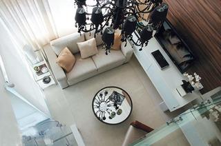 客厅简约风格客厅 让地板折射出不同的美