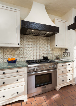美式风格厨房设计  经典白色让厨房更整洁