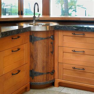 大厨房吧台  使得厨房显得更宽敞