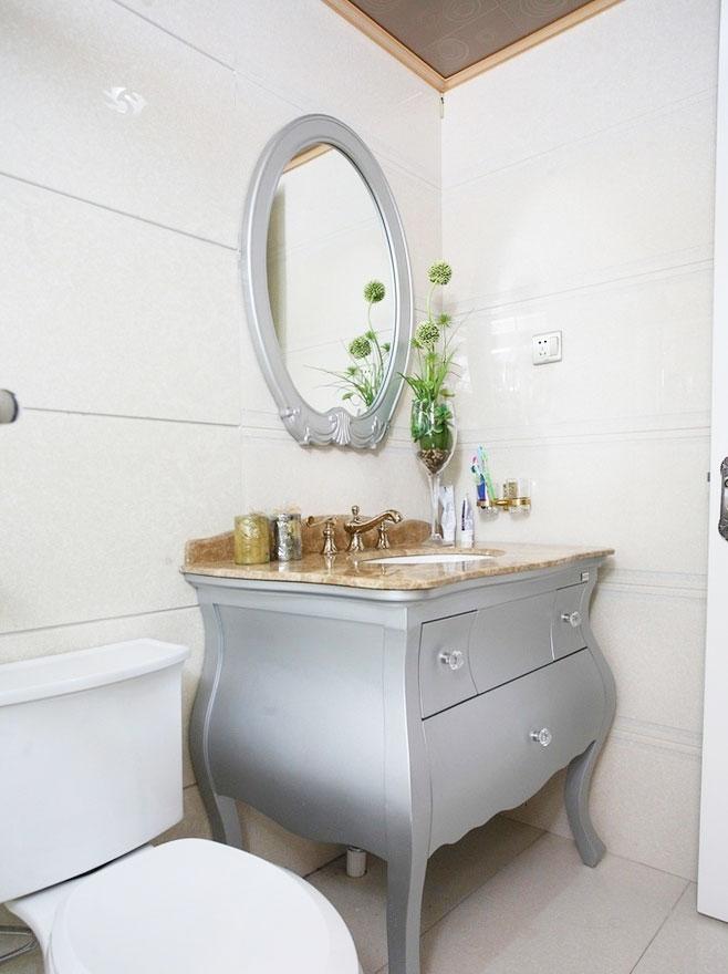 灰色浴室柜效果图