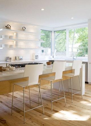 白色厨房吊顶图片