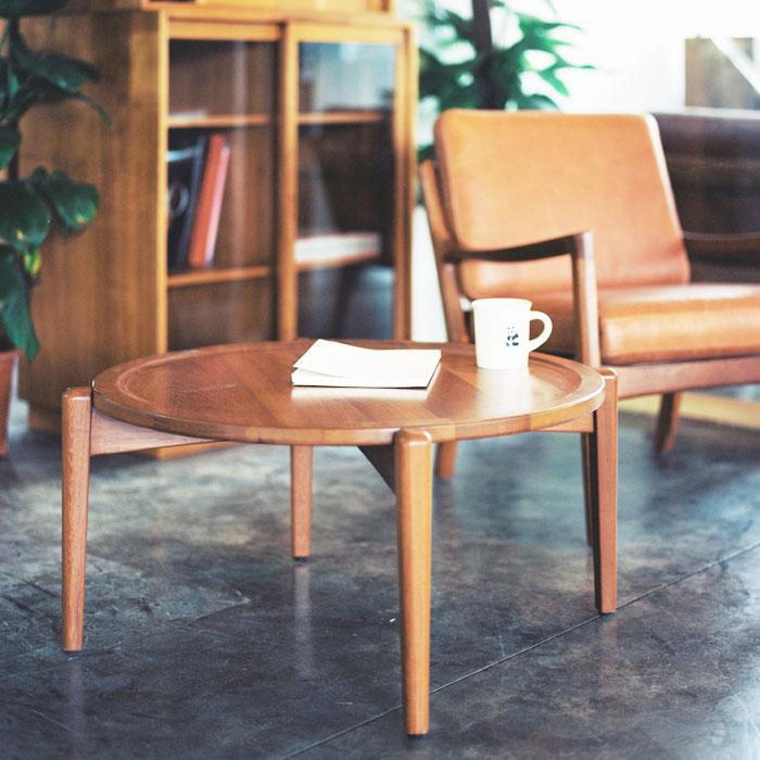 实木圆桌效果图