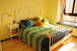 地中海卧室飘窗图片
