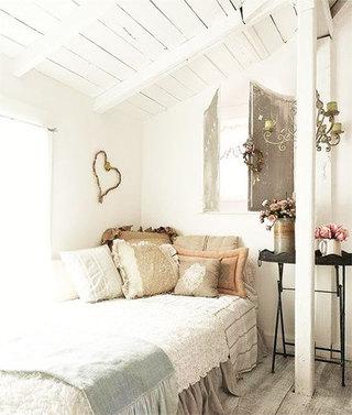 米色怀旧风格卧室
