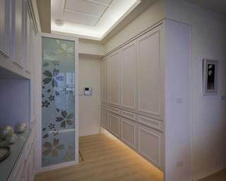 美式风格二居室70平米设计图