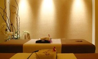 韩式美容院装饰设计室内图片
