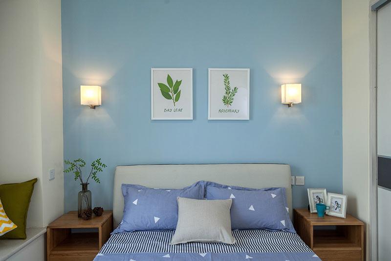 天蓝色卧室背景墙装修效果图