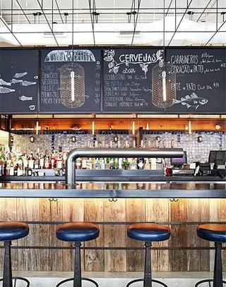 个性小酒吧装修风格_个性酒吧吧台效果图_齐家网装修效果图