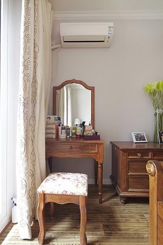 两室两厅美式风格装修梳妆台设计