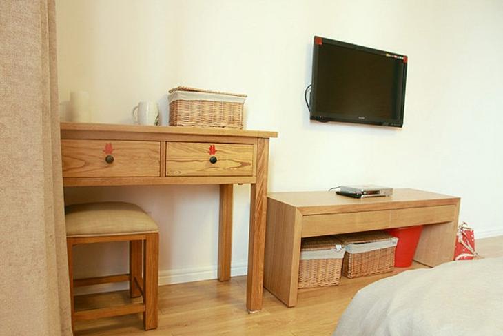 日式风格三居装修卧室电视背景墙
