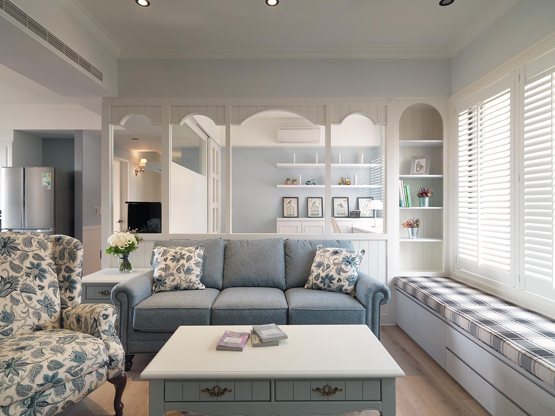 清新乡村简美式客厅带飘窗设计