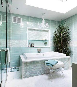 现代简约卫生间装饰图片