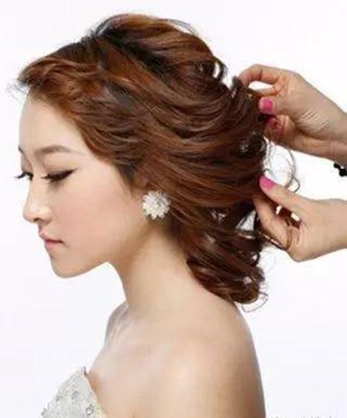 新娘发型步骤解析 新娘发型有哪些风格