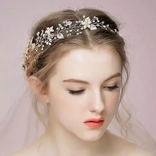 新娘发型设计详细步骤  如何打造完美新娘造型