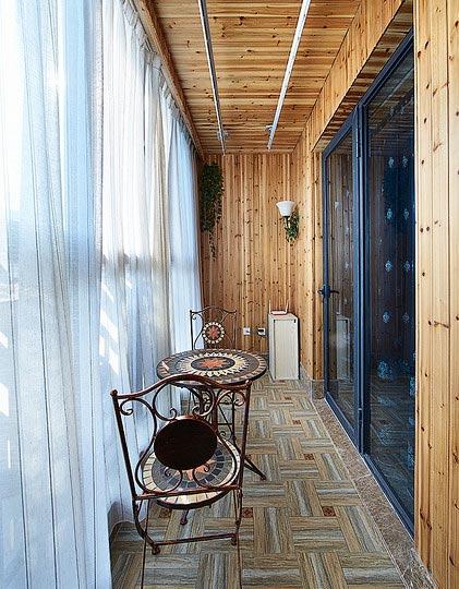 木质阳台装修装饰效果图