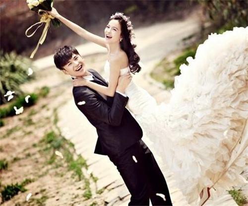 成都的婚纱照_成都市区婚纱照