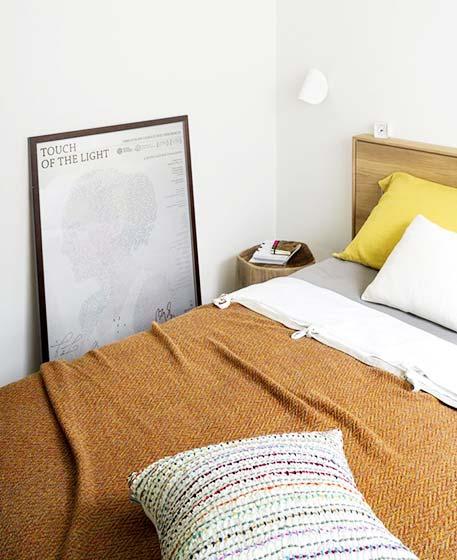 极简风两居室卧室平面图