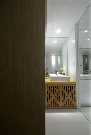 二居室简约日式风格卫生间装修效果图