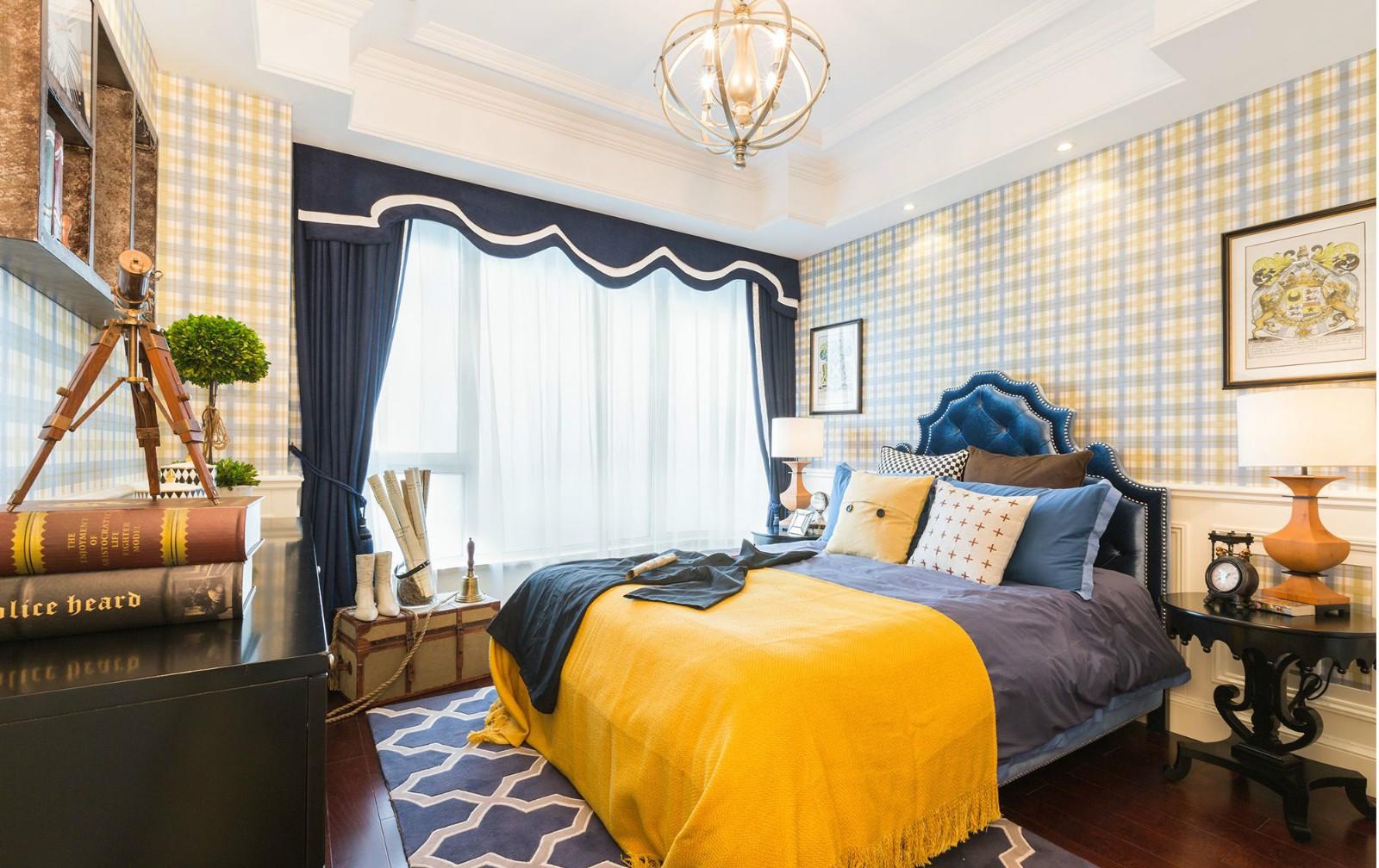 法式奢华别墅卧室装修搭配图