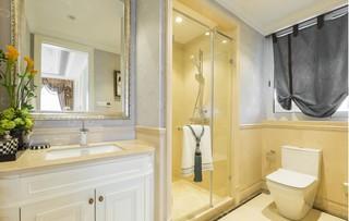 法式奢华别墅卫生间装修效果图