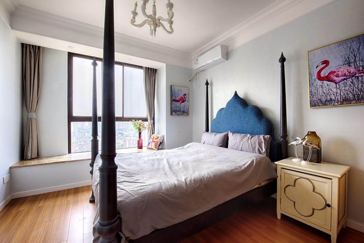 三居室混搭风格卧室装修设计图