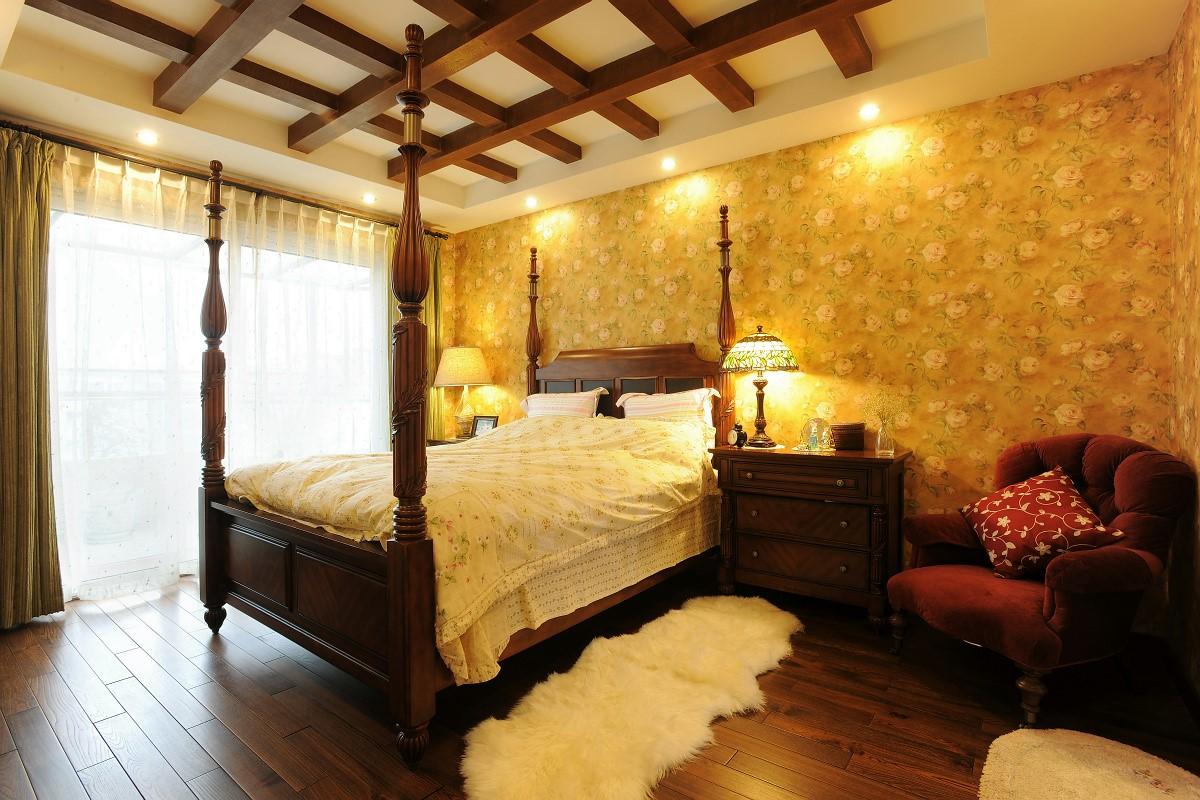 复式美式乡村风卧室装修效果图