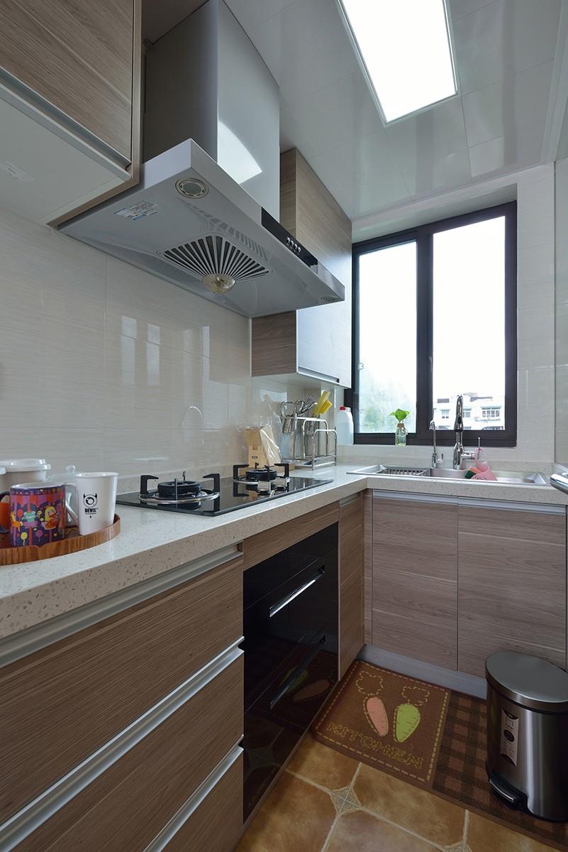 混搭风格两居室厨房装修效果图