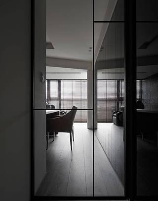 150平现代风玻璃移门装修效果图