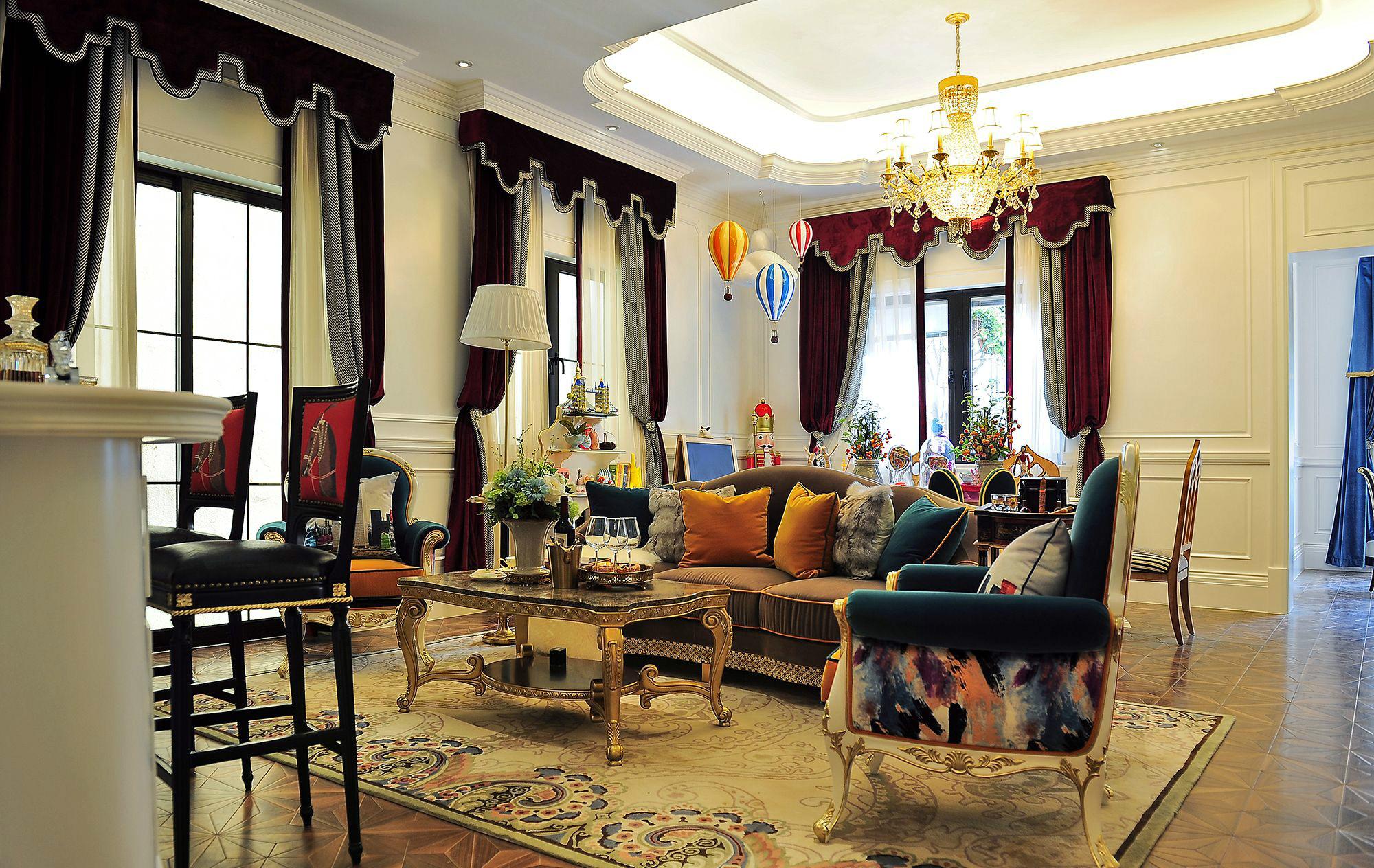 奢华法式风格别墅客厅装修效果图