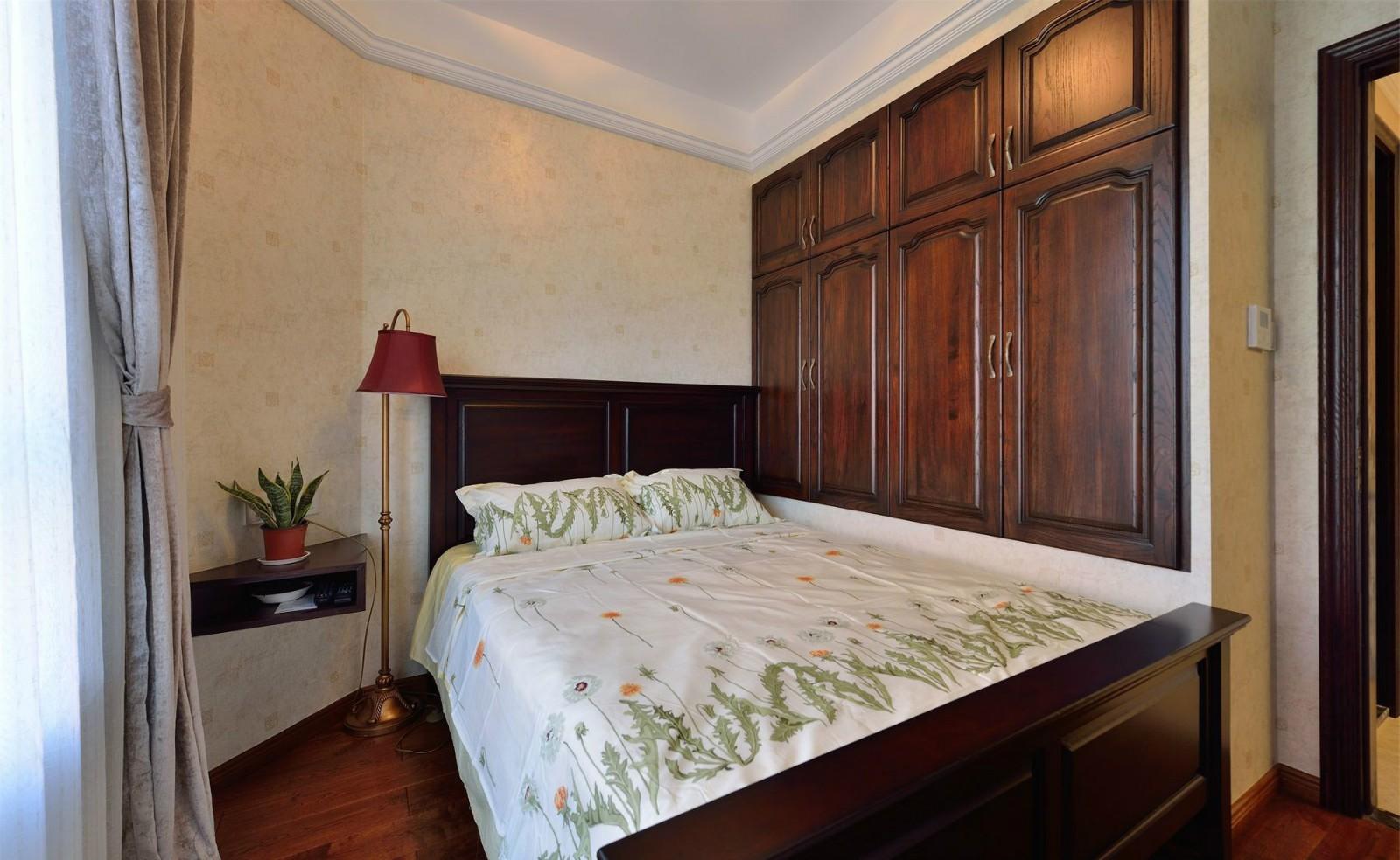 大户型美式风格卧室装修设计图
