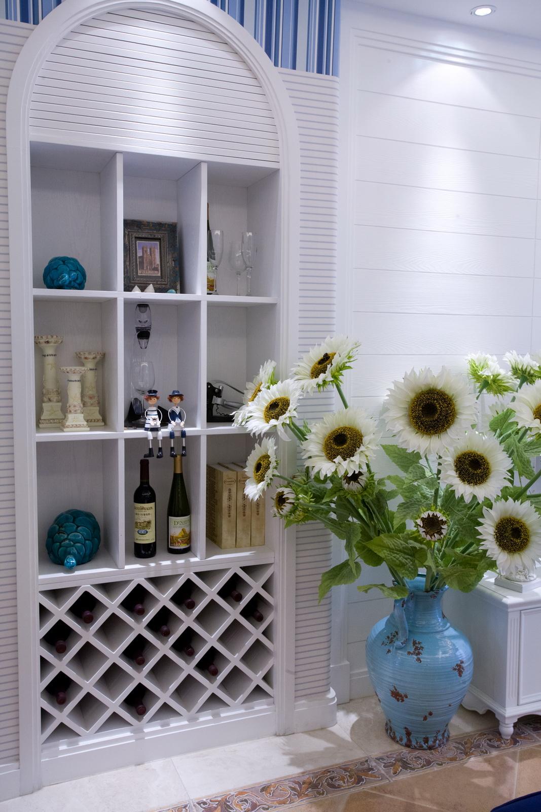 三居室地中海风格酒柜装修效果图