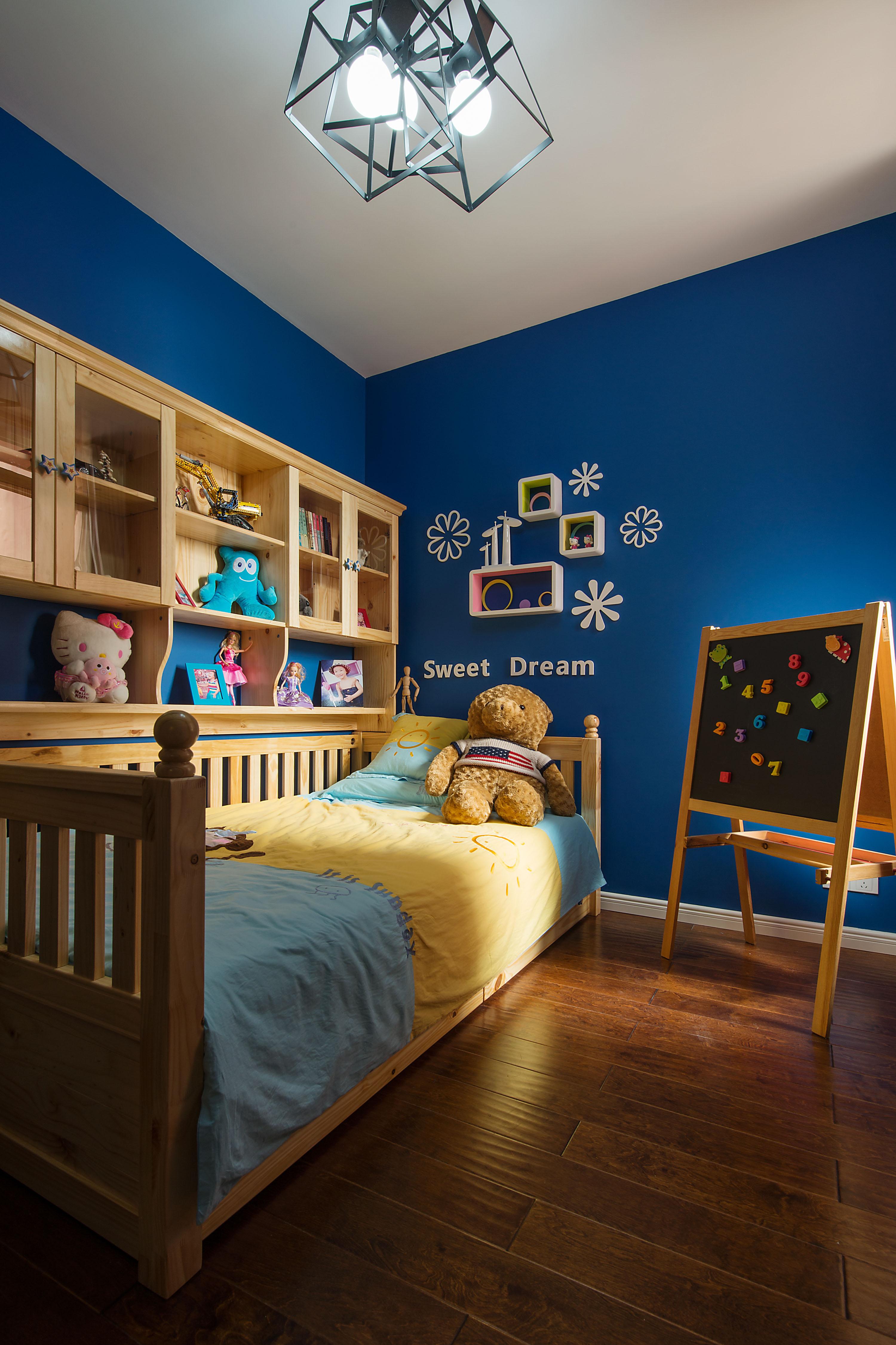 混搭风格两居儿童房装修效果图