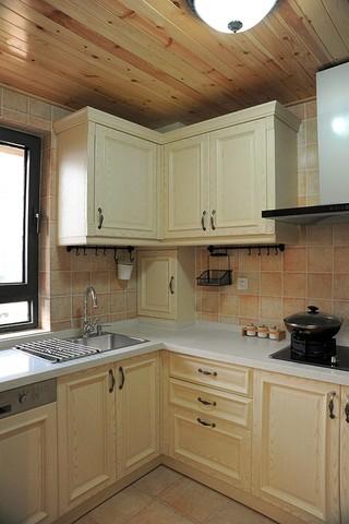 三居室地中海风格厨房装修设计图
