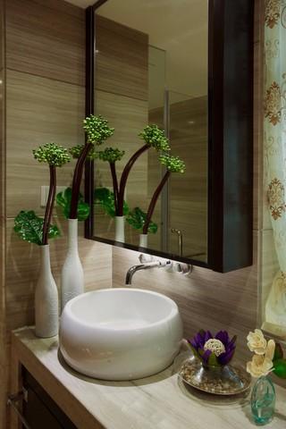 105㎡中式混搭三居洗手台装修效果图
