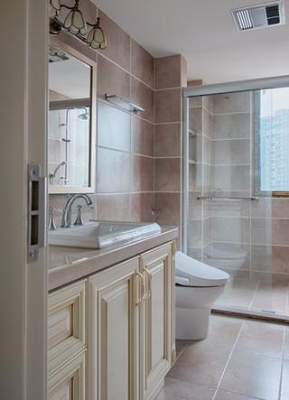 美式风格三居室卫生间装修效果图