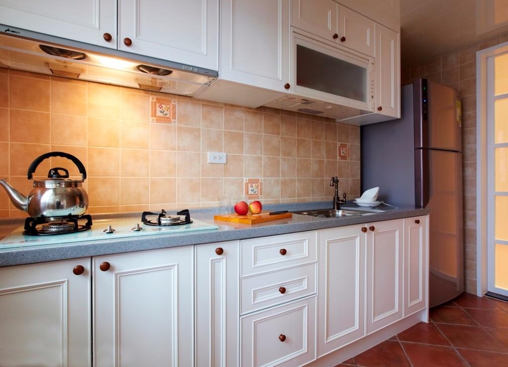 100平美式田园风格厨房装修效果图