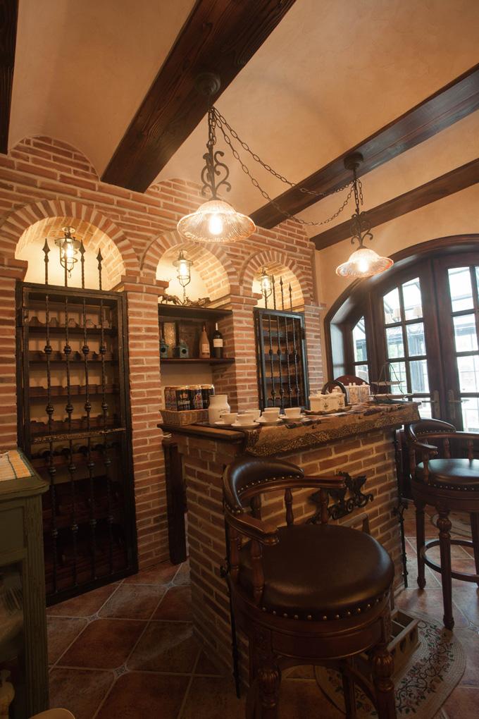 复古美式风格别墅酒吧台装修效果图
