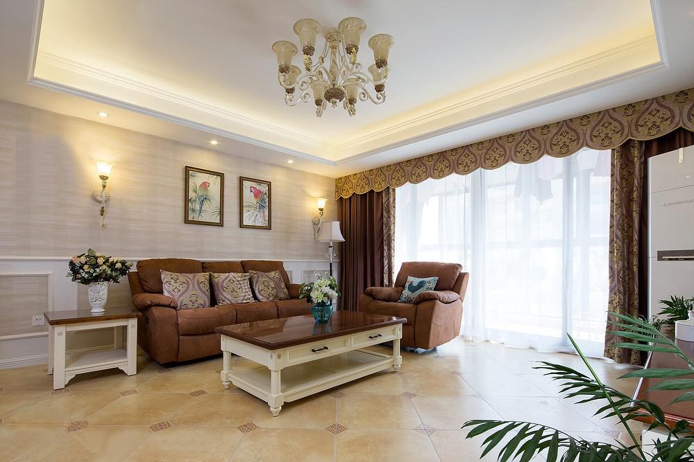 135㎡简美风格沙发背景墙装修效果图