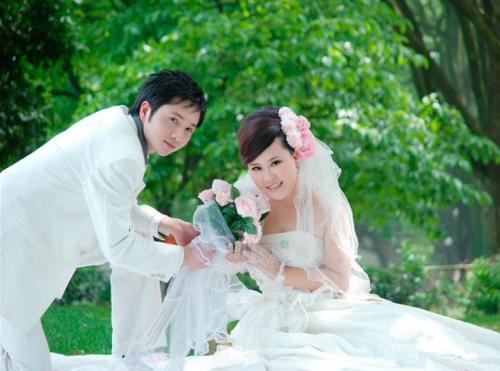 胖拍婚纱照_胖新娘拍婚纱照