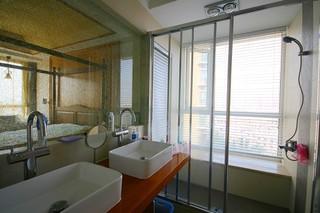 混搭風格三居室衛生間裝修效果圖